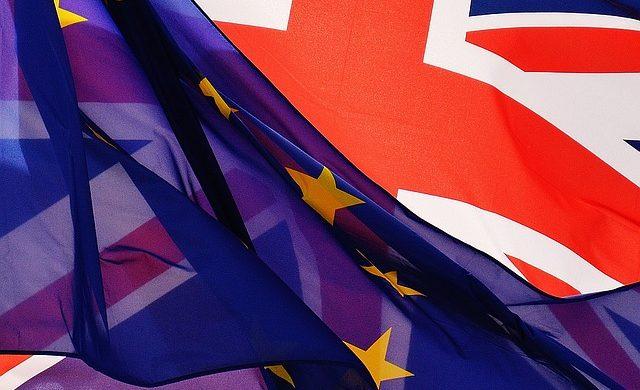 Časopis !Argument: Těžký rozvod. Jaký je stav jednání o Brexitu?