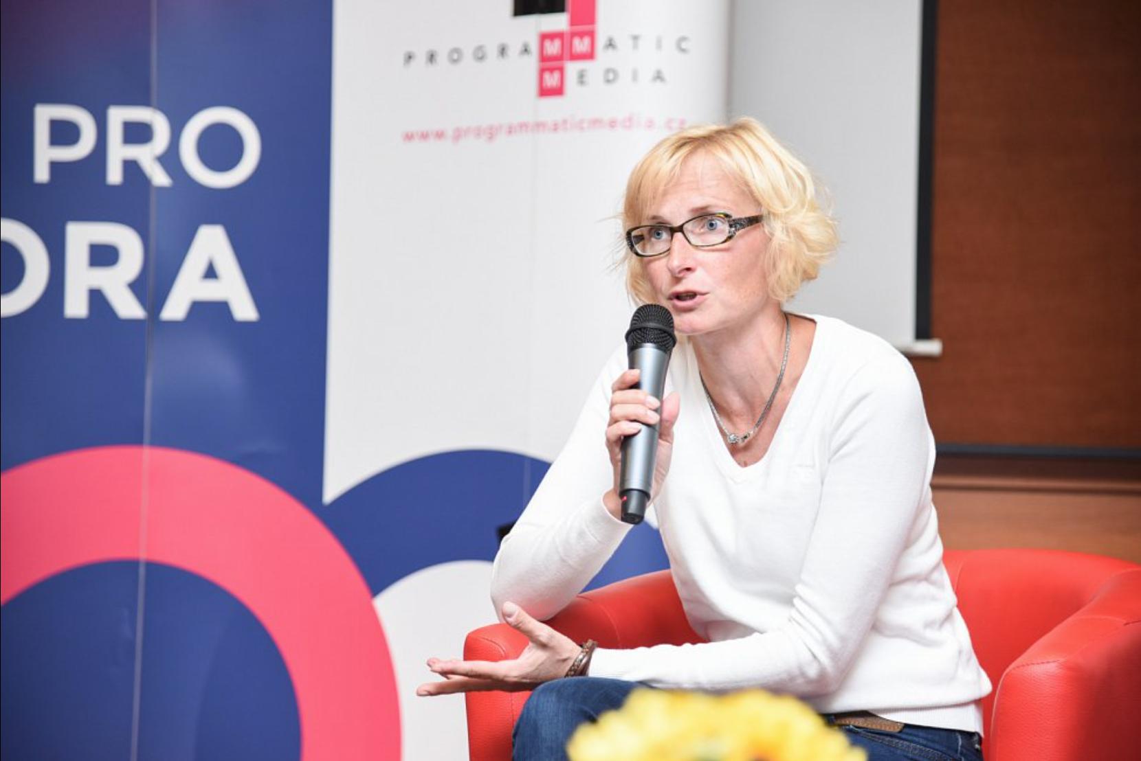Deník.cz: Europoslankyně Konečná: KSČM nemá být ve sněmovně dekorací, ale jasně levicovou silou